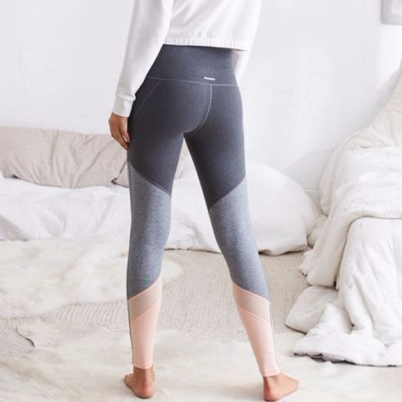 efd1900804cd4 American Eagle Outfitters Pants | Aerie Move Colorblock Legging New ...